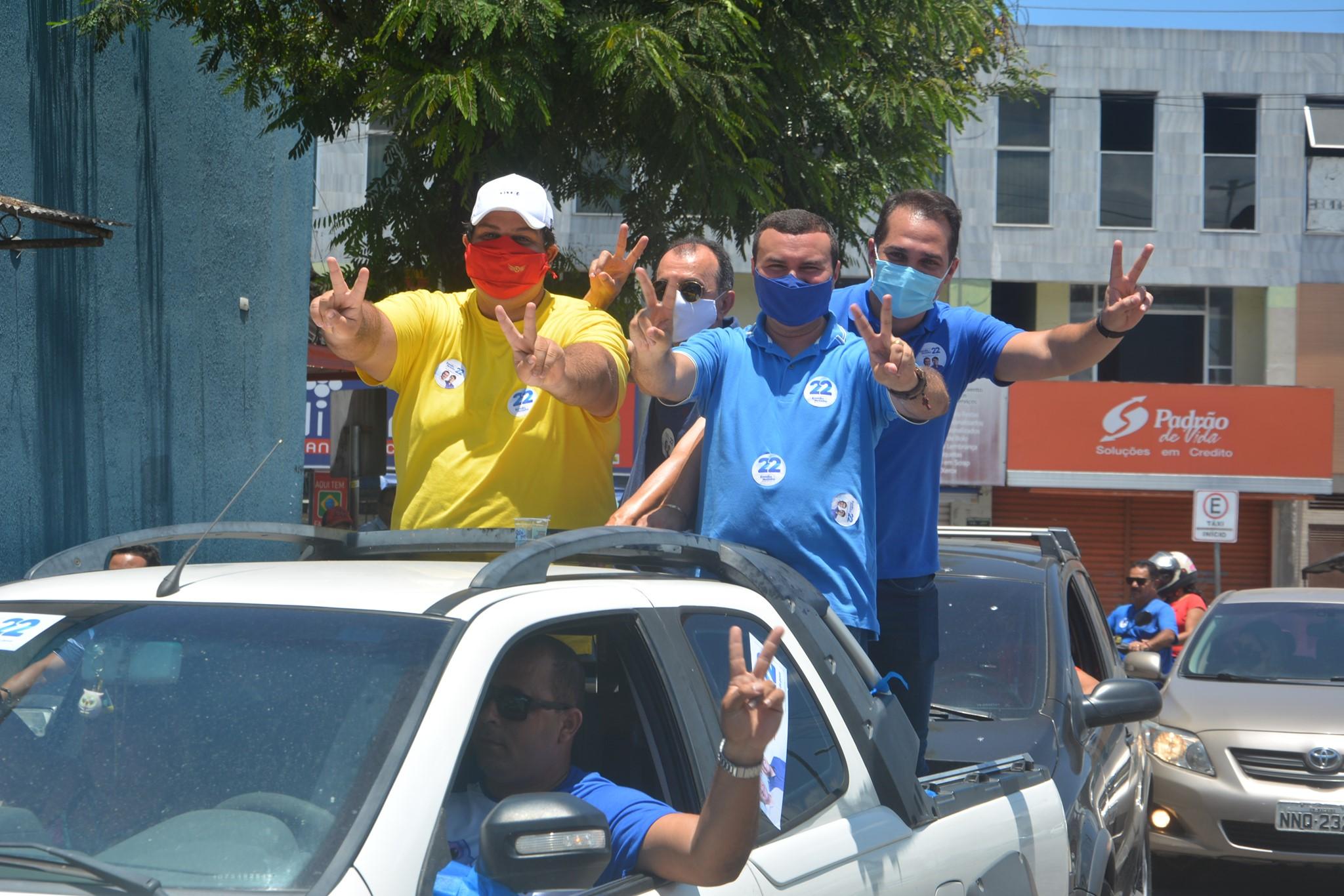 Candidato a prefeito Emídio Jr. inicia campanha com adesivação de carros e carreata - Macaíba no ArMacaíba no Ar